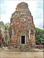 Tour-sanctuaire du temple Lolei (Angkor) (6826225446).jpg