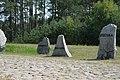 Treblinka. Kamienie z nazwami krajów, z których pochodzili zamordowani.2.jpg