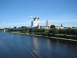 Изготовление памятников псков металлоконструкций цены на памятники симферополя из москвы