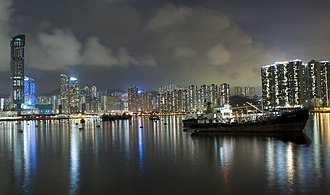 Tsuen Wan - Night scene of Tsuen Wan taken near Belvedere Gardens Estate. To the left is Nina Tower