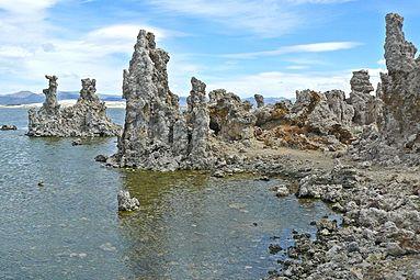 Tufa towers of the Mono Lake.jpg