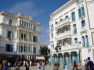 Edifici di Tunisi con caratteristiche dello stile