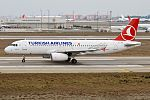 Turkish Airlines, TC-JPG, Airbus A320-232 (16477958298) (2).jpg