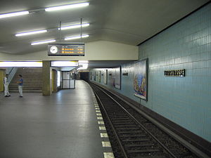 Turmstraße (Berlin U-Bahn) - U-Bahn station Turmstraße