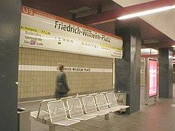 U-Bahn Berlin Friedrich-Wilhelm-Platz.JPG