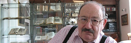 Umberto Eco in his house banner