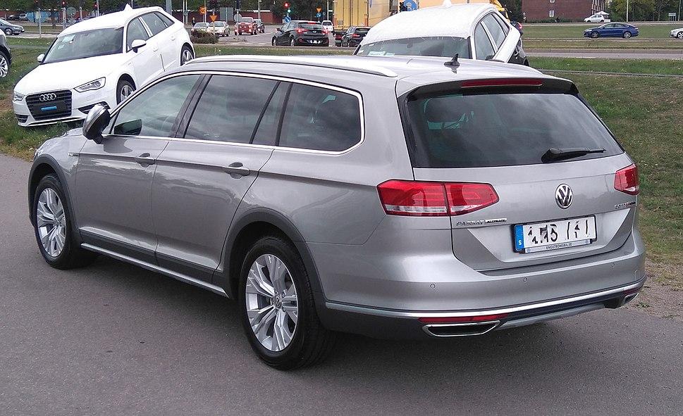 VW B8 Alltrack 2