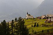Vetan, Valle d'Aosta (1708m). Kerkje boven Vetan 01.jpg