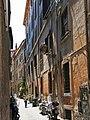 Vicolo di Monte Vecchio Rome.jpg