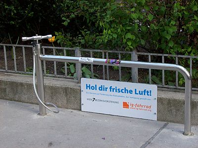 Bicycle stand pump at Siebenstern