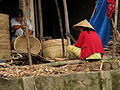 Vietnam 08 - 140 - Mekong - basket making (3185088277).jpg