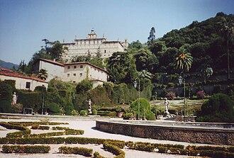 Collodi (Italy) - Villa Garzoni with ancient village behind