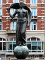 Vrouwe Fortuna Muntplein door Hildo Krop.jpg