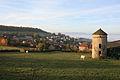 Vue du village depuis le plateau le surplombant.JPG
