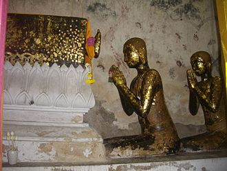 Mahākāśyapa - Mahākāśyapa pays respect to the Buddha's body; Wat Intharam, Bangkok, Thailand)