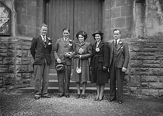 Wedding group outside the Builth Wells baptist church