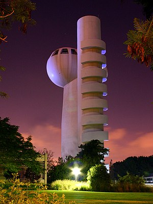 Weizmann Institute of Science - Koffler particle accelerator at night