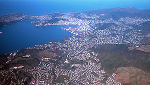 English: Picture of Wellington from a plane. L...