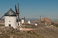 Windmills and castle of Consuegra (7079301421).jpg