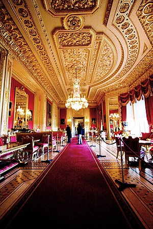 Windsor Castle - The Crimson Drawing Room in 2007 following the 1992 fire and subsequent remodelling