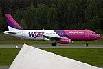 Wizz Air, HA-LWO, Airbus A320-232 (18245360775).jpg