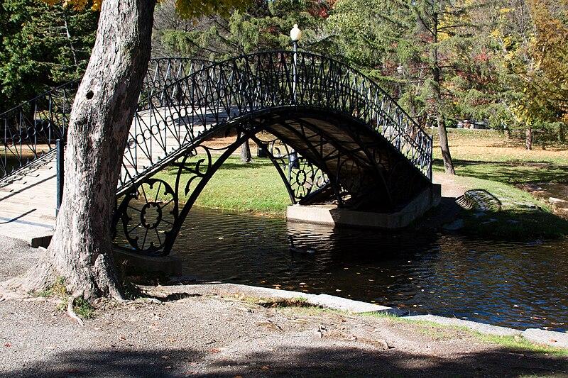 Elm Park Iron Bridge