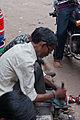 Worker in Agra 02.jpg