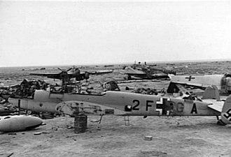 RAF Gambut - Image: Wrecked Me 110s at Gambut 1941