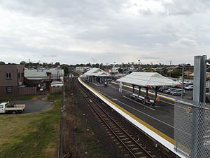 Wynnum Central Railway Station, Queensland, Aug 2012.JPG