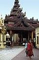 Yangon-Sule-06-1976-gje.jpg