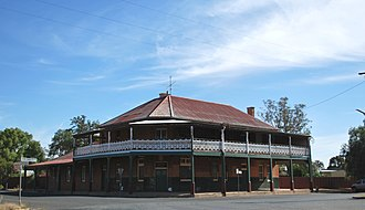 Yerong Creek - Former hotel at Yerong Creek