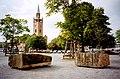 """""""Historie und Histologie"""", Zwei Steine von S.K. Breitwieser, Matthäikirchplatz zwischen Neuer Nationalgalerie und Philharmonie.jpg"""