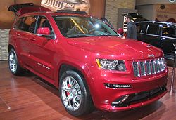 '12 Jeep Grand Cherokee SRT8 (MIAS '12).JPG