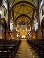 `Chor und Innenraum St Peter Heppenheim.JPG