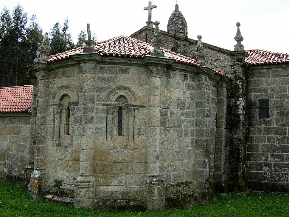 Ábsida da igrexa de San Martiño de Agudelo