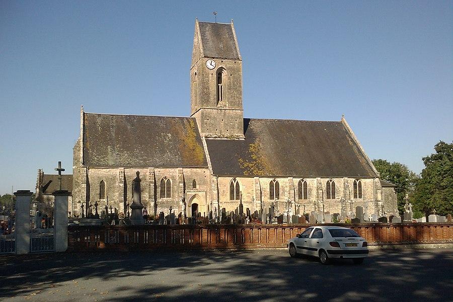 Fr:Église Saint-Étienne d'Auvers  vu depuis le parking