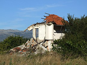 Žitnić - destroyed house 2.jpg