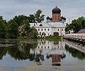 Введенский монастырь отражение.jpg