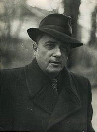 Володимир Сосюра у 1950-ті.jpg