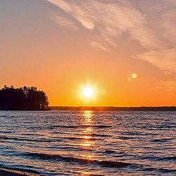 Закат на озере Горькое-Перешеечное, район с.Новоегорьевское, Алтайский край.jpg