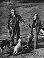 Любовь Орлова и Григорий Александров на даче.jpg