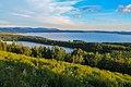 Озеро Тургояк и озеро Инышко разделены узким перешейком.jpg