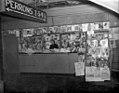 02-06-1947 01049B Kiosk (5315433919).jpg
