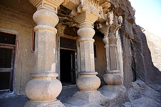 Amalaka - Image: 054 Cave 17, Pillars and Inscription (33811675492)