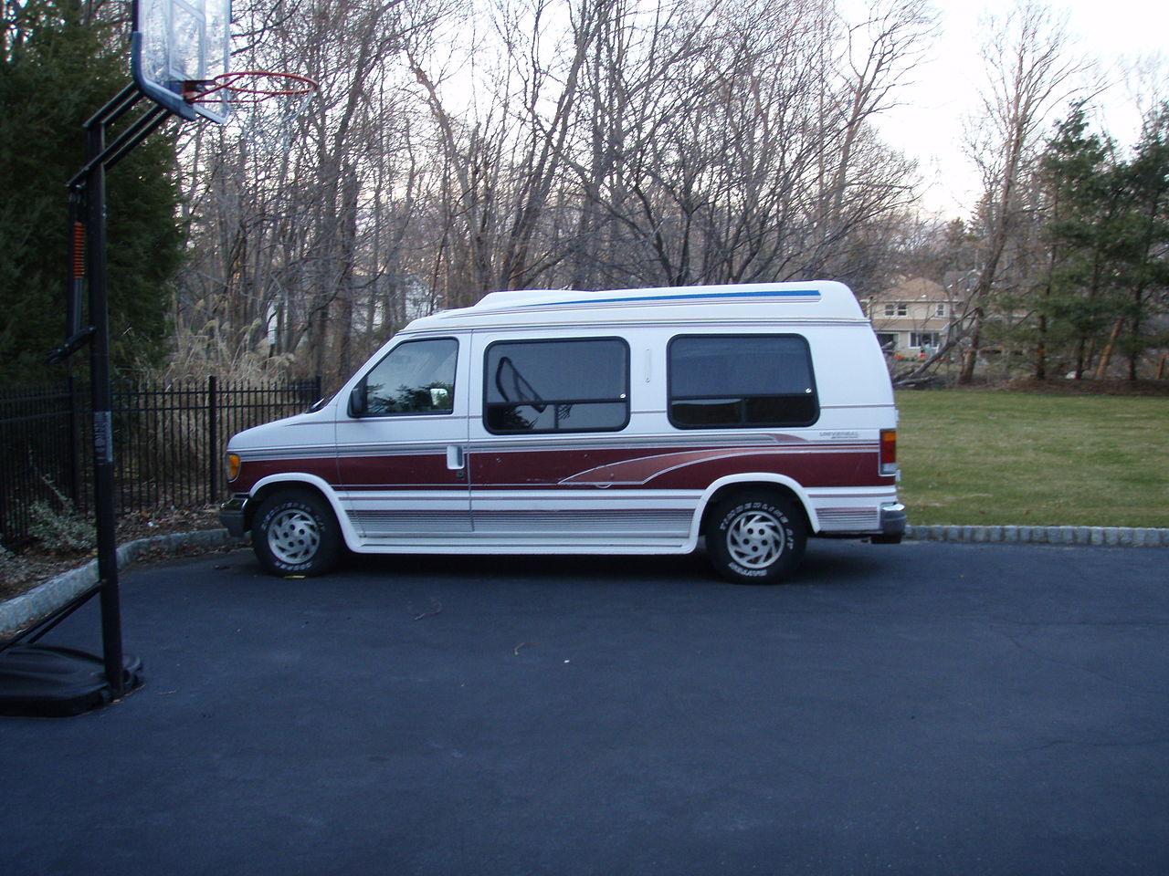 Diy Van Conversions >> 1994 E150 Ford Conversion Van   Autos Post