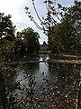 2018-09-17-Düsseldorf-Benrath-Schloss Benrath-Blick von der Hildener Str über franz Garten auf die Ostseite Corps de Logis-DNr796.jpg