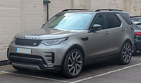 2018 Land Rover Discovery Luxury HSE TD6 3.0 Front.jpg