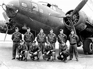 A-2 jacket - B-17 Flying Fortress Crew from 457th BG wearing their leather A-2 jackets