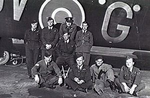 No. 460 Squadron RAAF - 460 Squadron Halifax UV-G aircrew at RAF Breighton circa September-October 1942