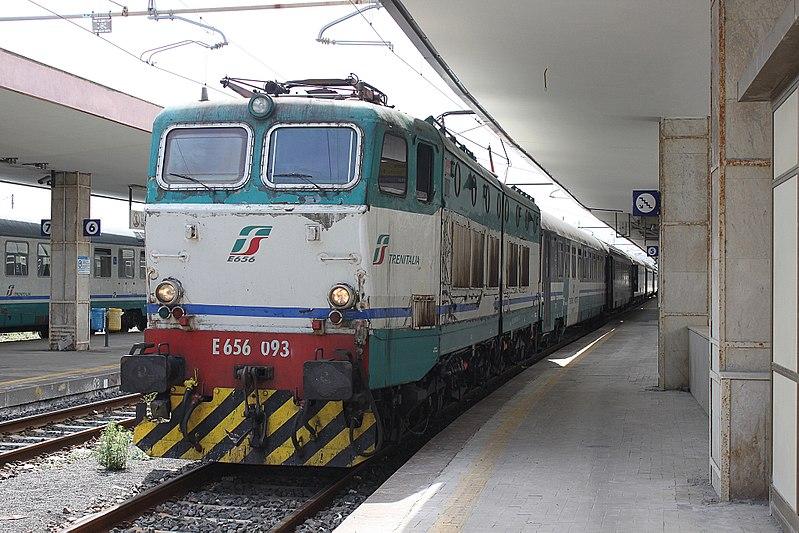 File:4 FS E656 093 Catania 100917 ICN35142.jpg